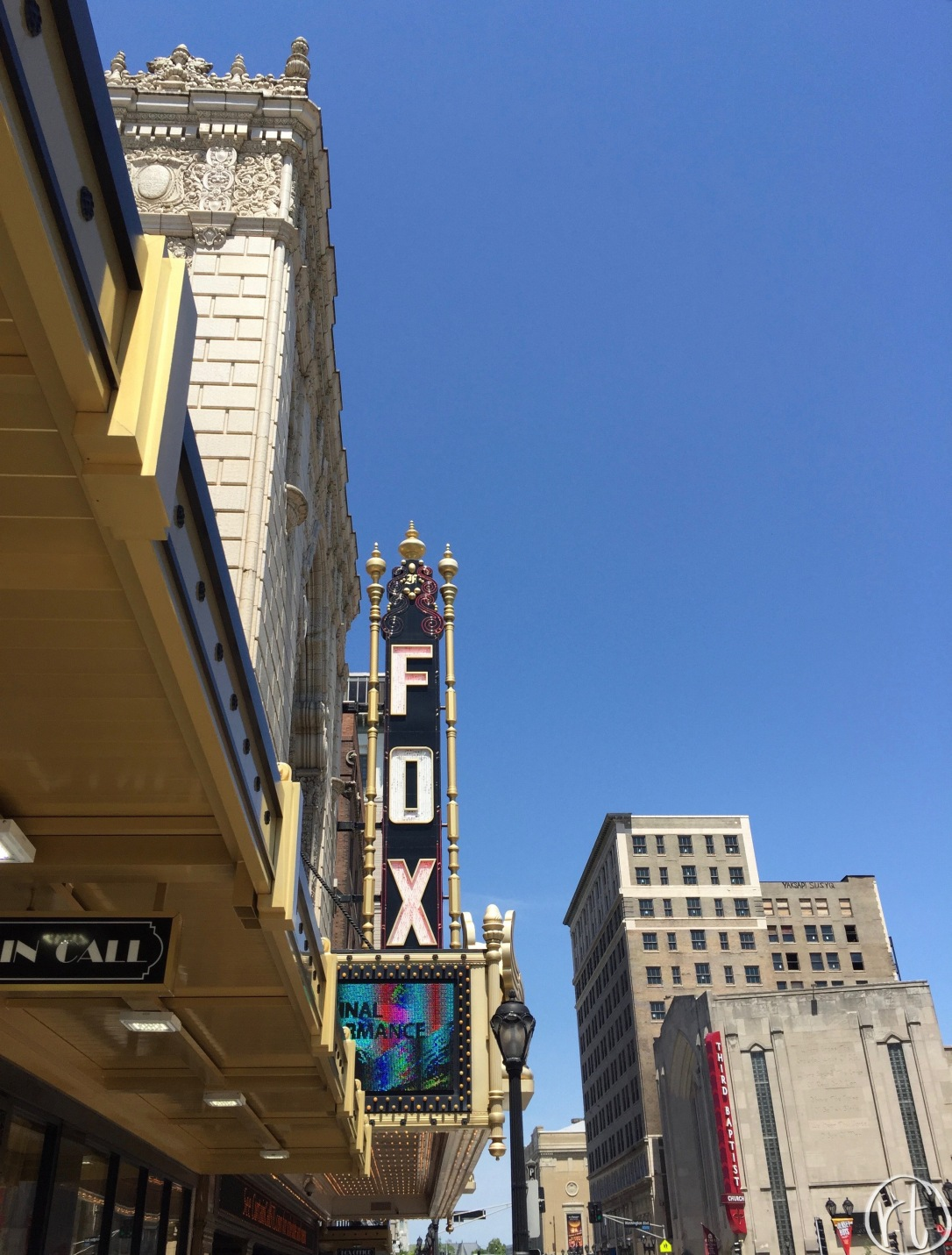 fabulous-fox-theater-st-louis-round-trip-travel