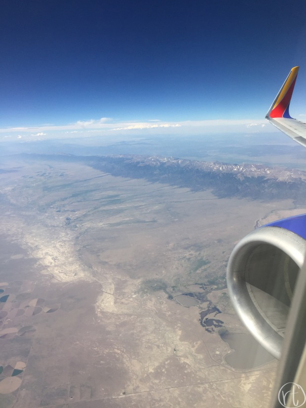 los-angeles-flight-airplane-travel-round-trip
