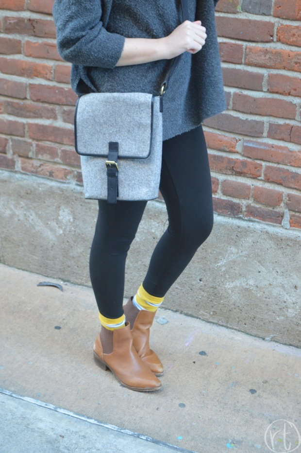 how-to-wear-a-travel-backpack-gray-crossbody-messenger-round-trip-travel