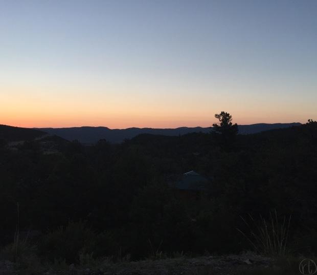 nathrop-colorado-sunrise-mountains-morning-travel