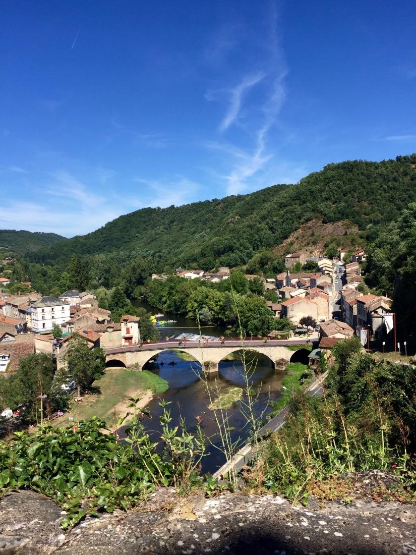 castle laguépie aveyron france french travel river