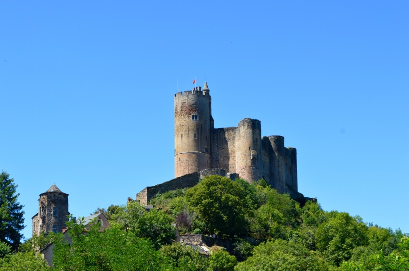 french chateau najac france castle aveyron occitanie