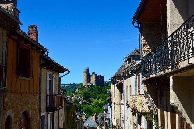 najac castle france chateau village