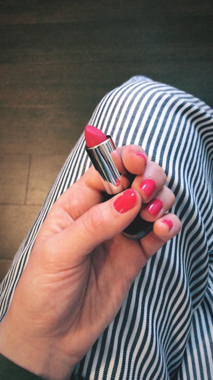 Candy Pink Lipstick Europe