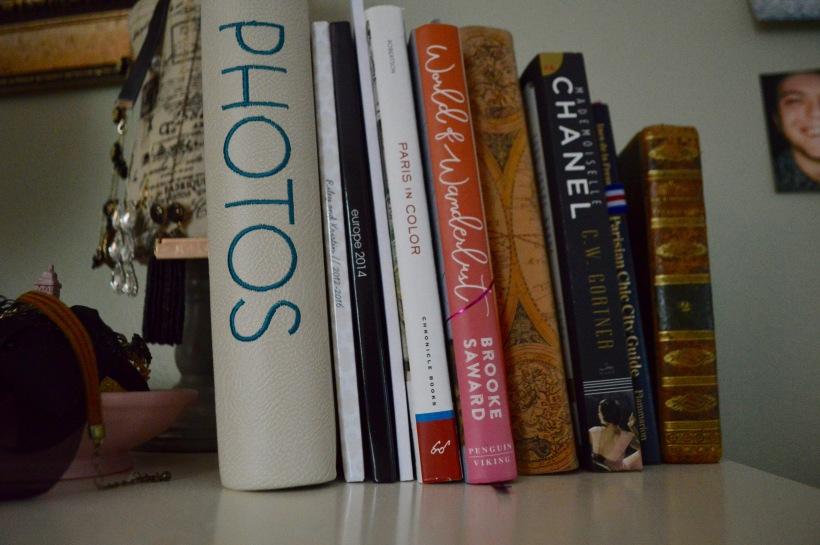 Travel Books Round Trip